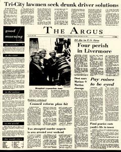 Argus, November 15, 1971, Page 1