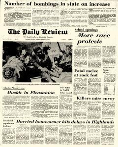 Daily Review, September 07, 1971, Page 1