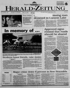 New Braunfels Herald Zeitung, May 12, 2000, Page 1