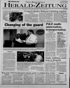 New Braunfels Herald Zeitung, May 15, 2001, Page 1